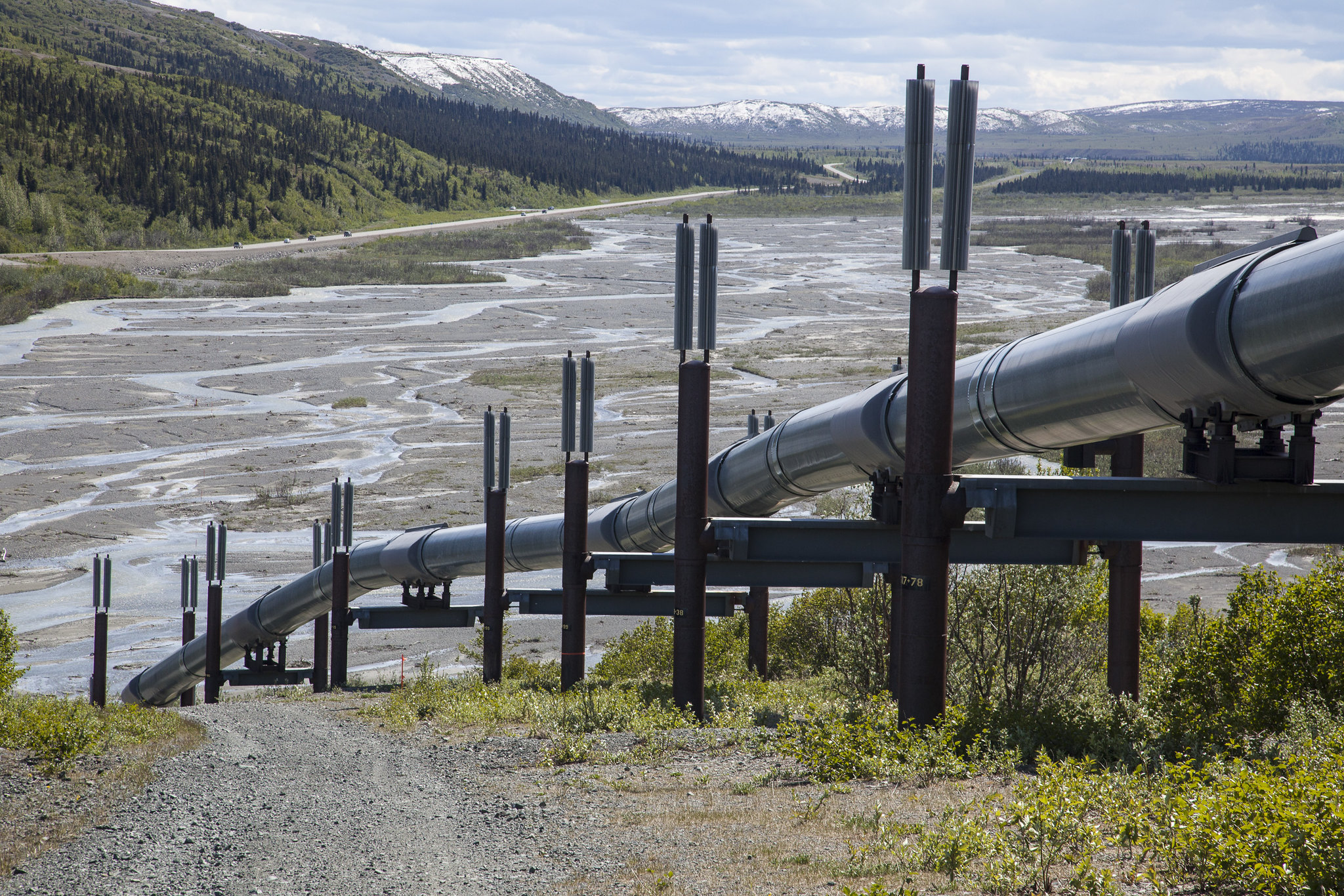 New Lawsuit Challenges 'Fast-Track' Permits Used for Oil and Gas Pipelines Nationwide